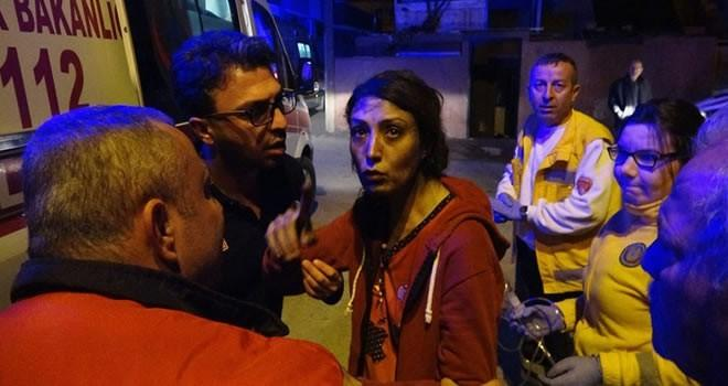 Adana'da 1'i çocuk 4 kişi yanmaktan son anda kurtarıldı.