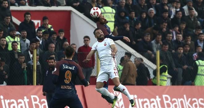Kipaş Kahramanmaraşspor-Medipol Başakşehir maç sonucu: 1-3