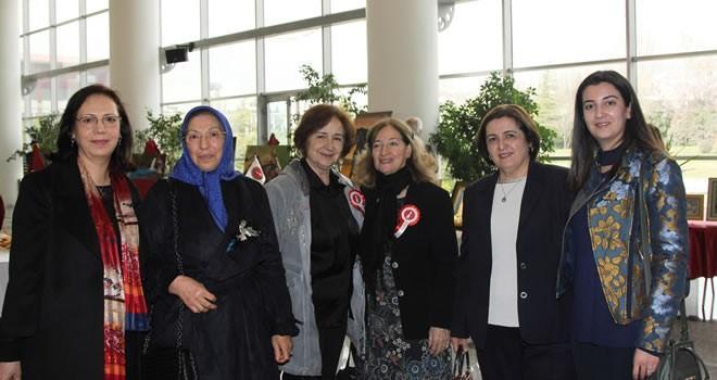 Türk kadınları el emeklerini KMTSO'da sergiledi