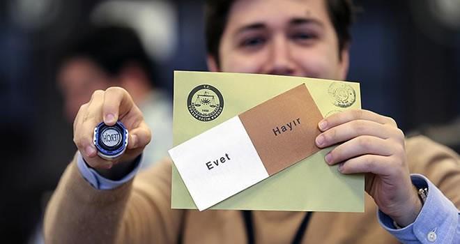YSK Başkanı referandumun kesin sonucunu açıkladı