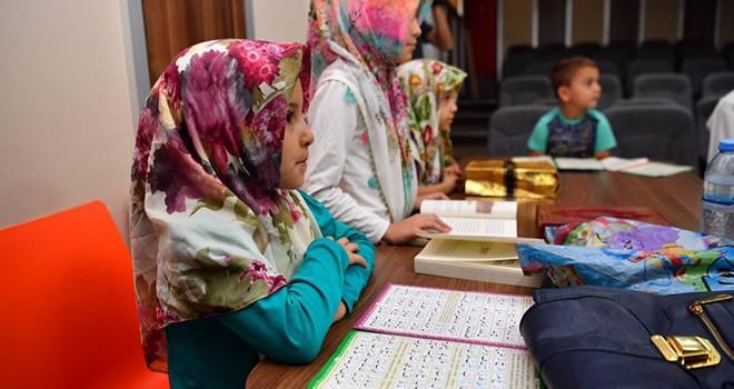 Bilgi ve kültür evlerinde kuran eğitimine başlandı
