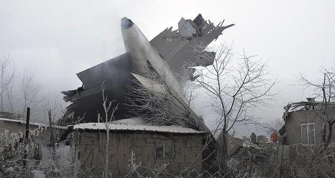 Türk kargo uçağı düştü: Çok sayıda ölü ve yaralılar var!