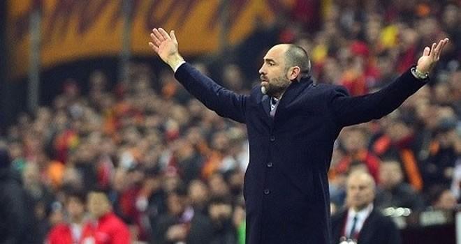 Galatasaray'da 8 yıldızın daha bileti kesildi