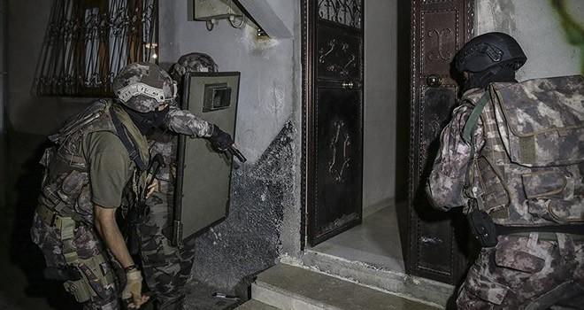 Gaziantep'te baskına giden polislere ateş açıldı! Bölgeye özel harekat ekipleri sevkedildi