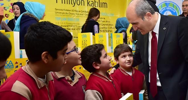 Başkan Okay: Eğitimi sadece okullara bırakmayacağız