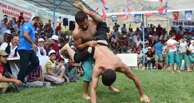 Kahramanmaraş'ta Geleneksel Bertiz Boyalı Güreş Festivali