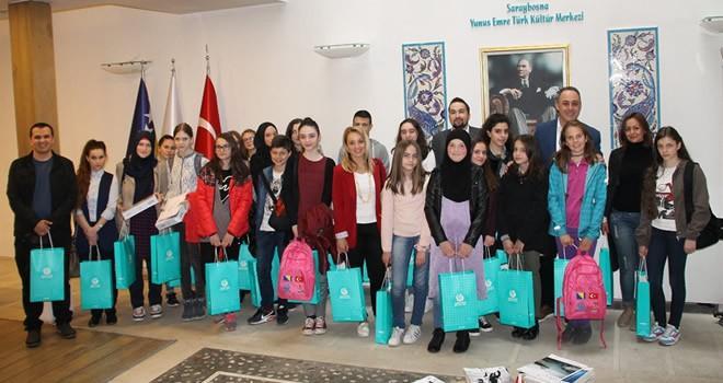 Onikişubat Belediyesi binlerce Bosnalı öğrenciye kırtasiye malzemeleri hediye etti