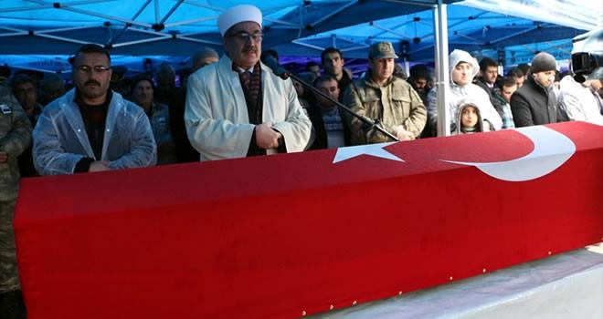 Suriye'de şehit edilen Piyade Astsubay Çavuş Osman Açıkgöz son yolculuğuna uğurlandı
