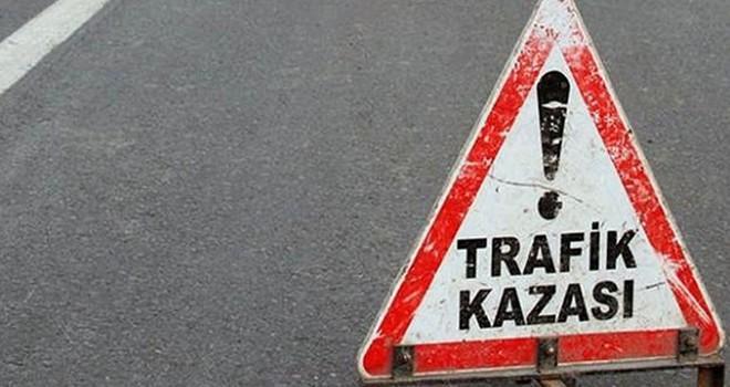 Kahramanmaraş'ta hafif ticari araç tarlaya devrildi: Yaralılar var!