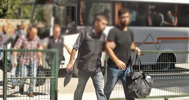 Kahramanmaraş dahil 8 ilde FETÖ/PDY operasyonu: 9 tutuklama