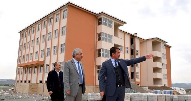 Türkoğlu'nda 3 bine yakın öğrenci bu yıl eğitime başlayacak