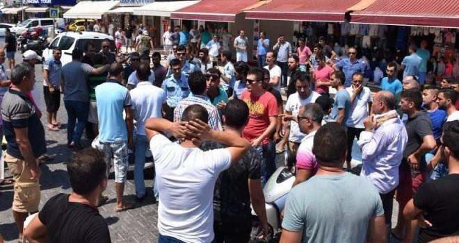 Esnaf sokağa döküldü, turistler korkup kaçtı