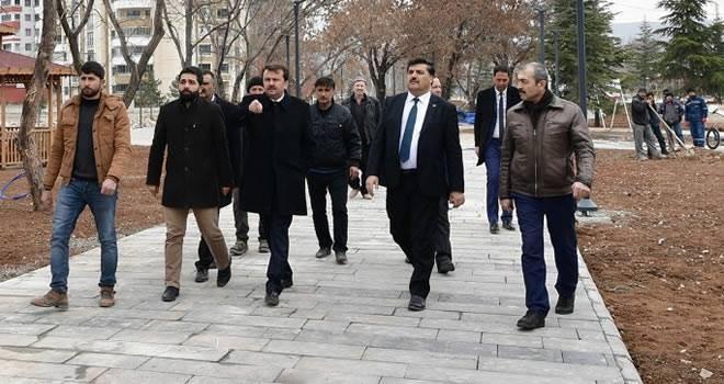 Başkan Erkoç Elbistan'da incelemelerde bulundu