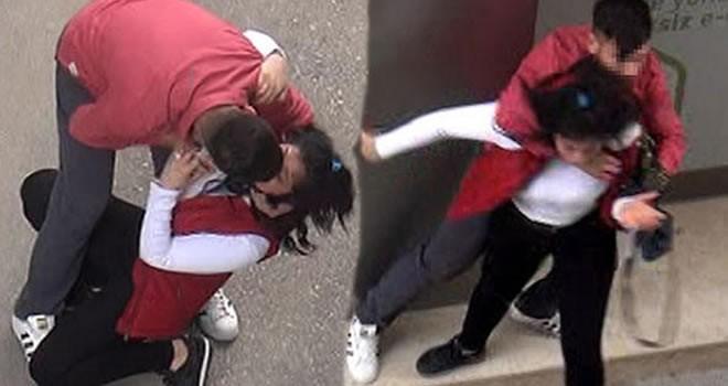 Adana'da sokak ortasında genç kızı tartakladı!
