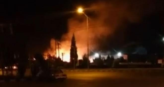 Kahramanmaraş'ta kağıt fabrikasında feci yangın