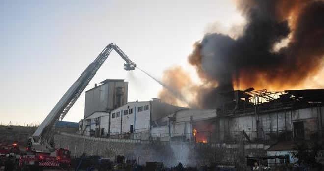 Adana'da yağ fabrikasında büyük patlama