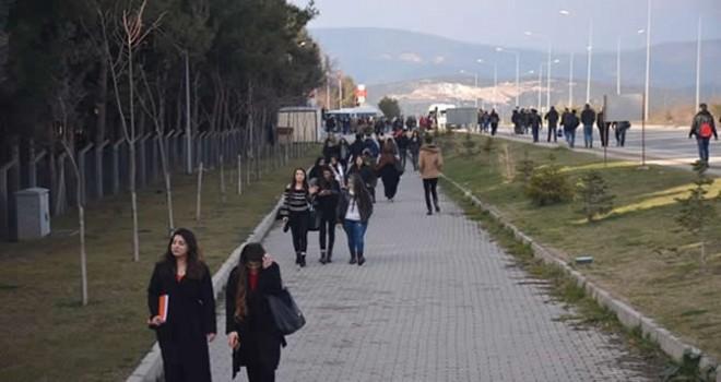 25 kuruşluk zam için 5 kilometre yürüdüler!