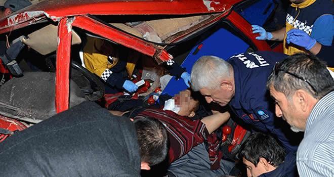 Antalya'da feci kaza! Maalesef ölüler var