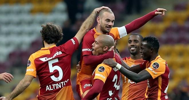 Galatasaray evinde kükredi!