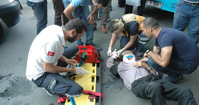 Kahramanmaraş'ta yaşlı adam hareket halindeki otobüsten düştü