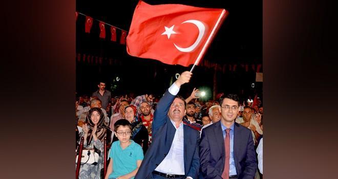 Başkan Okumuş, yüzde 79 oranla 'Evet' çıkaran Türkoğlulara teşekkür etti