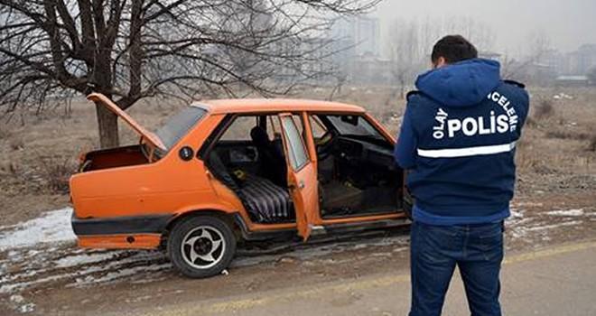 Elbistan'da park halindeki şüpheli araç polisi harekete geçirdi