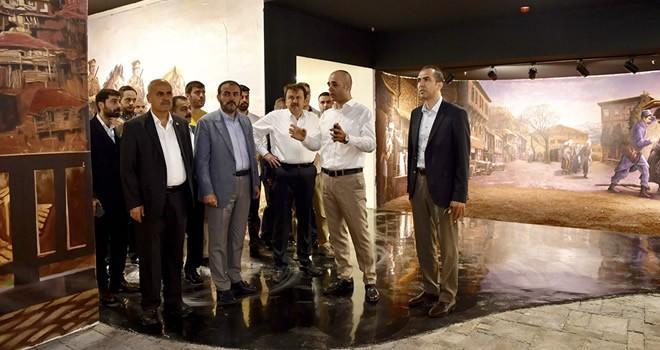 Mahir Ünal'dan Kurtuluş Destanı Panorama Müzesi'ne ziyaret