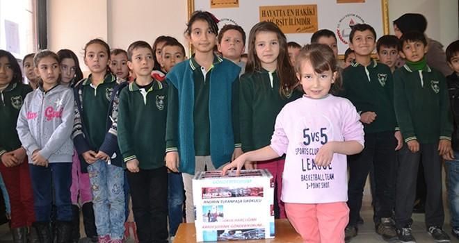 Andırınlı öğrenciler okul harçlıklarını Halep'e gönderdiler