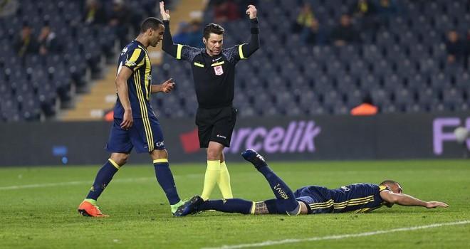 Fenerbahçenin Brezilyalı golcüsü büyük sakatlık yaşadı