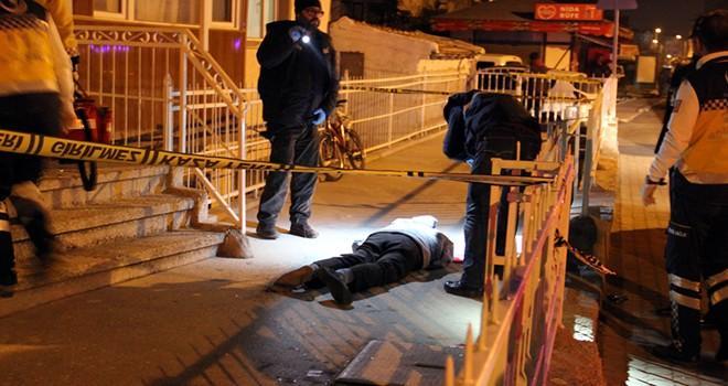 Kütahya'da cinayet: Annesine sarkıntılık eden kişiyi öldürdü