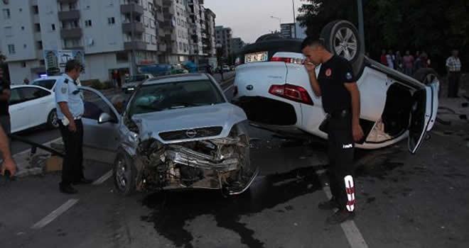 Antalya'da zincirleme kaza! Yaralılar var