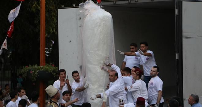 Kahramanmaraş'ta 'Dondurma Festivali' renkli görüntülerle başladı