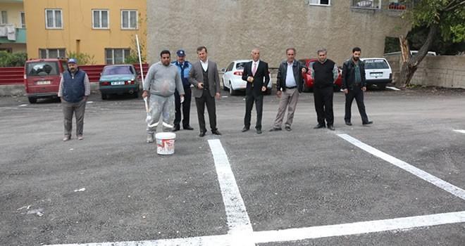 Pazarcık Belediye otoparkında çizgi çalışması yapıldı