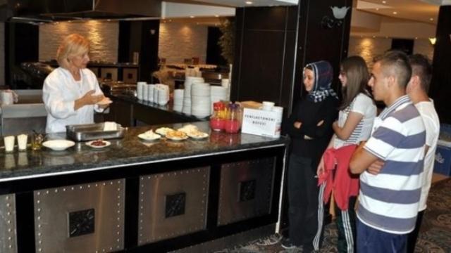 Yaşamak İçin Diyete Bağlı Olan Çocuklar Mutfağa Girdi