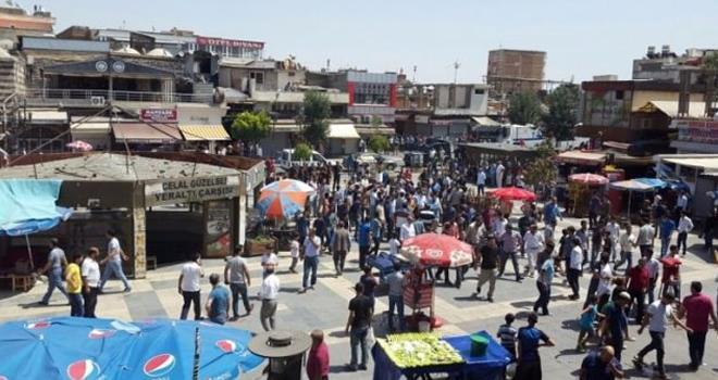 Diyarbakır'da Kahrolsun PKK Sloganları