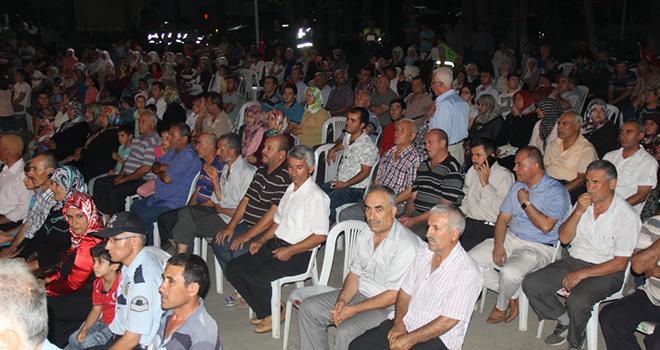 Türkoğlu'nda demokrasi nöbetine devam