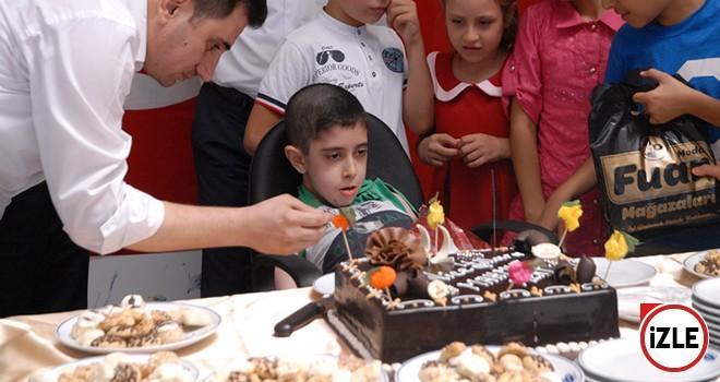 Küçük Mert'e doğum günü sürprizi