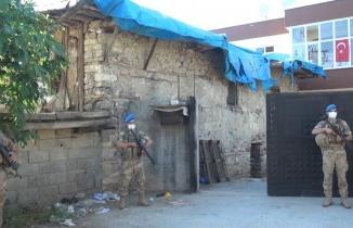 Kahramanmaraş'ta çıkan kavgada silahlar patladı: Ölü ve yaralılar var