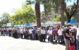 Kahramanmaraş'ta aşure ikramı