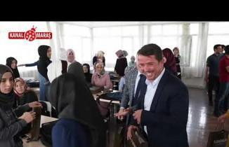 Başkan Okumuş'tan üniversite öğrencilerine hoşgeldin hediyesi