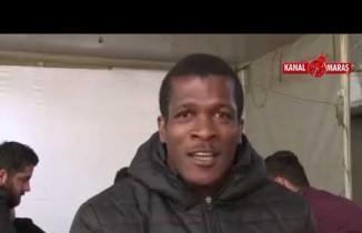 Bir zamanlar Süper Lig'de fırtınalar estiren Serge Djiehoua, Sarayköy'de 'okey' oynuyor