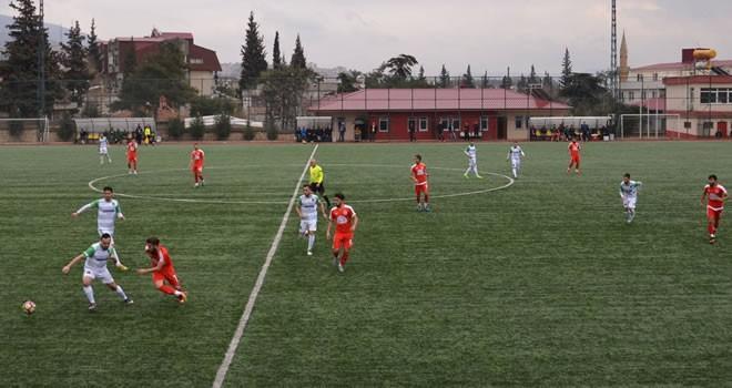 Dumlupınarspor 0-4 Türkoğlu Belediyepor karşılaşması