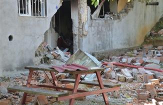 Kahramanmaraş'ta patlama! Duvar yıkıldı