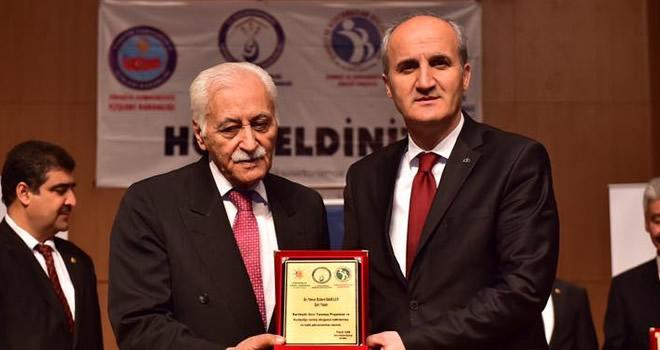 'Kardeşlik Sınır Tanımaz' Konferansı
