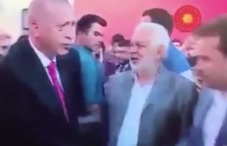 Erdoğan, Fatih Mehmet Erkoç'un elini sıkmadı