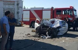 Kahramanmaraş'ta feci kaza.. Kamyona arkadan çarptı: 1 ölü