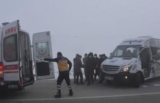 Hakkari'de katliam gibi kaza: Çok sayıda ölü ve yaralı var
