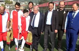 Ampute futbol takımına Onikişubat'tan malzeme