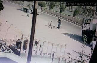 Kahramanmaraş'ta dondurma almaya giderken kamyon çarptı!