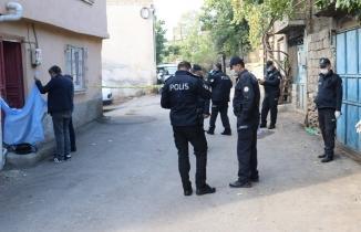 Kahramanmaraş'ta ölüm astım hastası genç kızı kapıda yakaladı